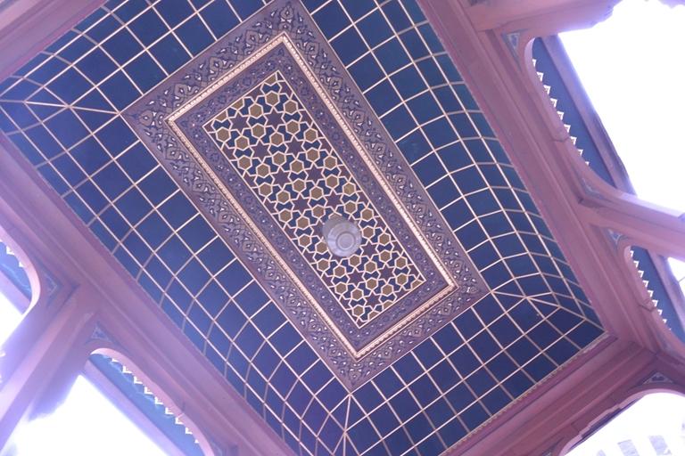 外階段の屋根(内側)